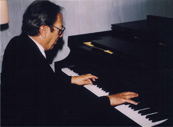 Leonard Shure warming up prior to a benefit recital on Nantucket Island.